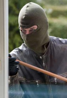 5 Ways to Keep Your House Away From Burglars